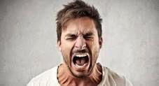 با صبر برنده بازی شوید/ چگونه با همسر عصبانی رفتار کنیم؟