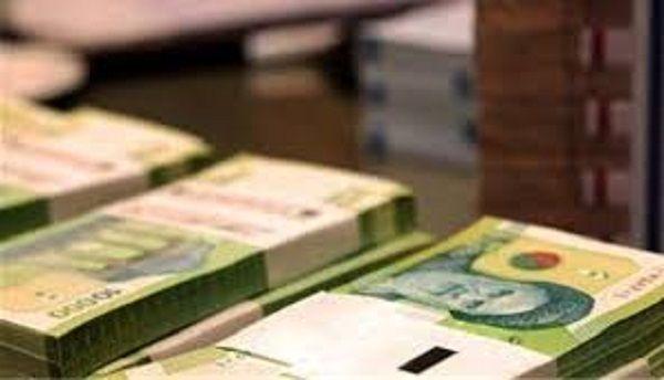 افزایش حقوقها همگام با نرخ تورم باشد/ دولت زیرساختهای لازم را فراهم سازد