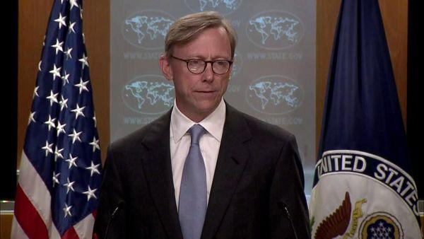 توییتر:: سوتی برایان هوک د نشست خبری در مورد ایران