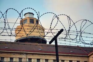 بازدید رئیس سازمان زندانها از زندان رجایی شهر