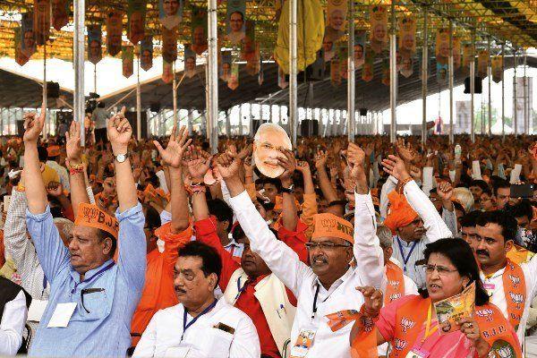 هندوستان مجلس قانونگذاری کشمیر را منحل کرد