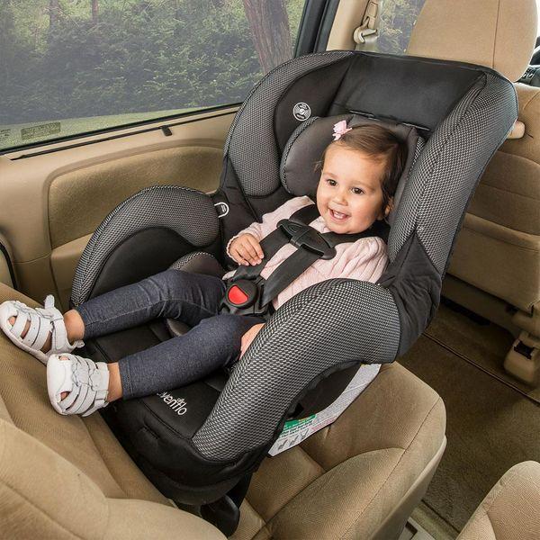 اشتباهات رایج در نصب صندلی خودرو کودک +عکس