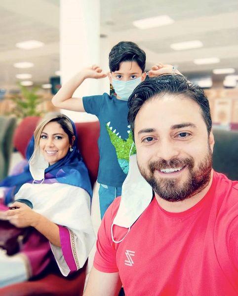 بابک جهانبخش در کنار خانواده + عکس