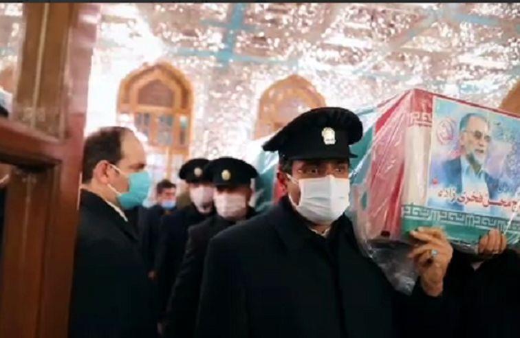 طواف پیکر دانشمند برجسته هستهای شهید حاج محسن فخری زاده در حرم مطهر رضوی