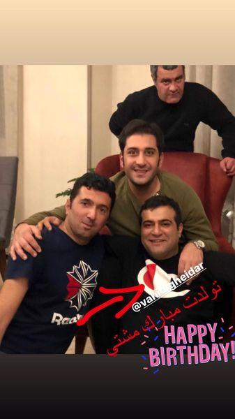 دورهمی وحید شیخ زاده به مناسبت تولد دوستش + عکس