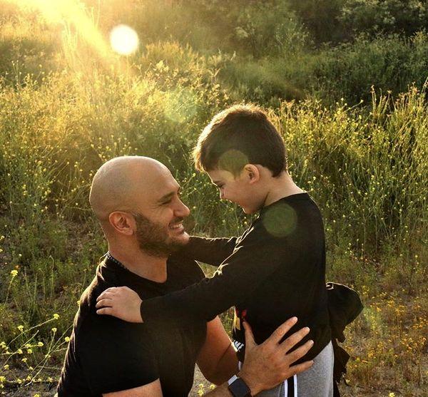 عاشقانه های احسان کرمی و پسرش + عکس