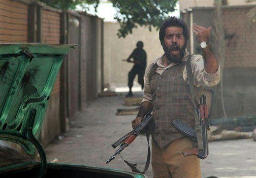سانسور صحنه آتش زدن یک ایرانی توسط عراقیها در تلویزیون
