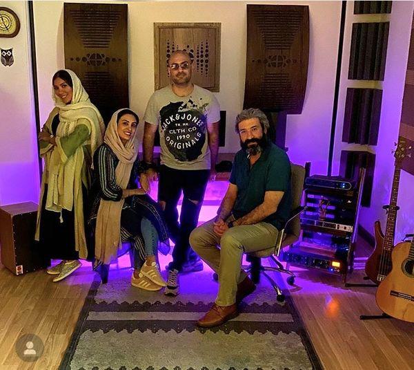 دورهمی حدیثه تهرانی وهمسرش با دوستاشون + عکس