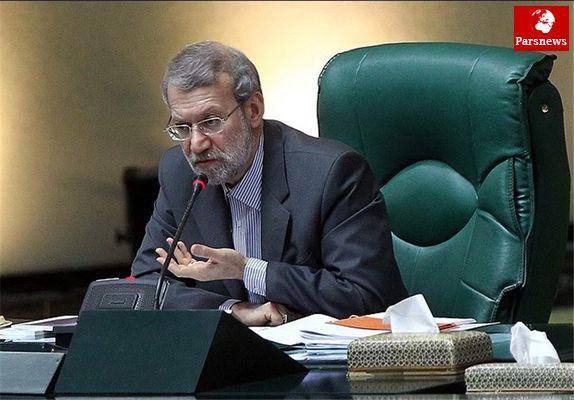 لاریجانی:تجمع بازنشستگان مقابل مجلس باعث خجالت است