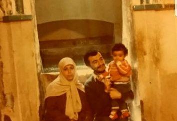 عکس کودکی خبرنگار جنجالی 20:30 و مادر گوینده اش