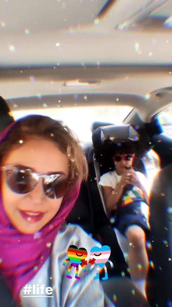 شبنم قلی خانی و دخترش در ماشین + عکس