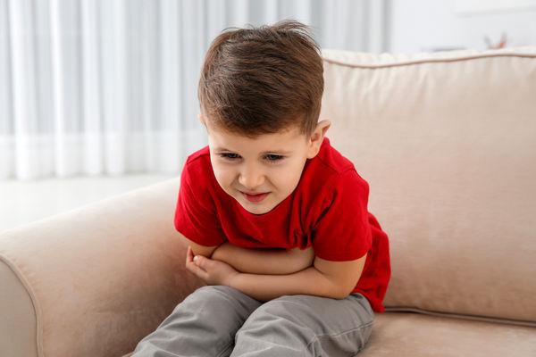 دل درد کودکان چه زمانی خطرناک می شود؟