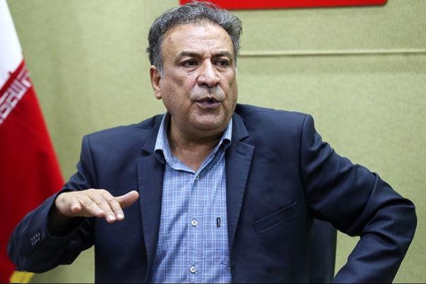 عبدالرضا اکبری: نقشها در محافل خصوصی تقسیم میشود