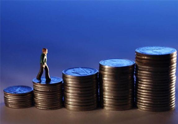 قاچاقچیان بانکی اجازه پایین آمدن نرخ سود را نمیدهند