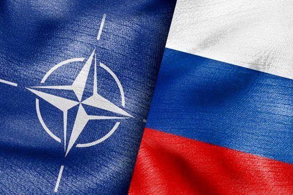 مسئولان نظامی ناتو و روسیه دیدار کردند