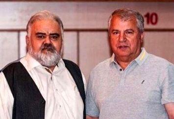 علی پروین کنار اکبر عبدی پشت صحنه یک سریال/عکس