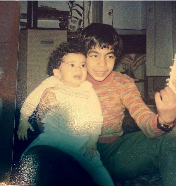 سروش صحت و برادرش در سال 58 + عکس