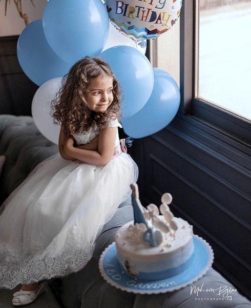 تولد ساده دختر آزاده نامداری + عکس