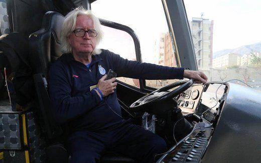ناراحتی بازیکنان استقلال از سفر با اتوبوس