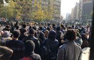 تجمع فروشندگان کیف و کفش در تهران بخاطر گرانی