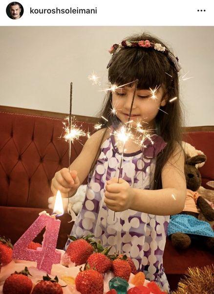 تولد دختر آقای بازیگر مشهور در خانه اش + عکس