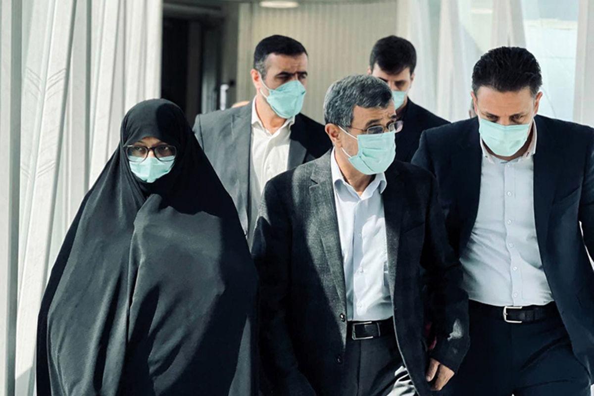 محمود احمدی نژاد و همسرش در دبی+عکس
