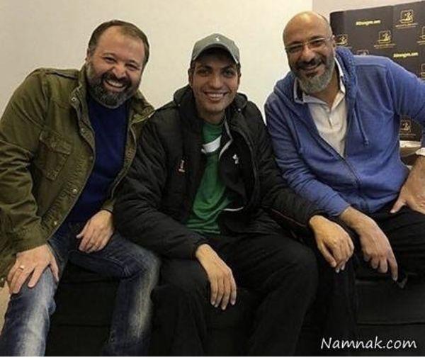 عادل فردوسی پور در کنار دو بازیگر مشهور + عکس
