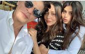 شاهرخ خان در کنار همسر و دخترش+عکس