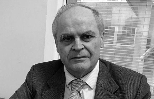سفیراسبق انگلیس: آزمایش موشکی ایران منع قانونی ندارد