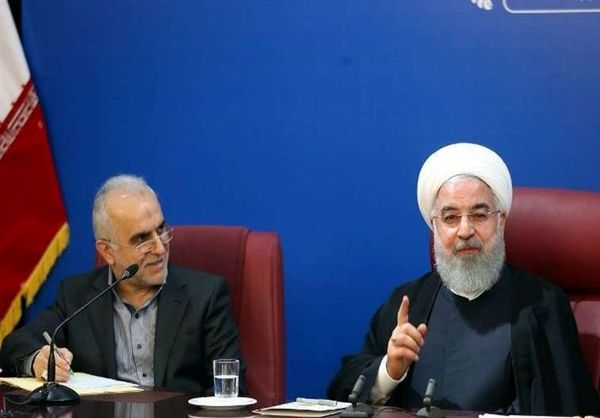 روحانی: مردم همچنان هشدارها را جدی بگیرند/ فضای دیجیتالی به کشور کمک میکند