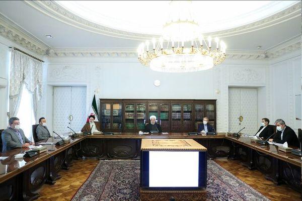 حضور لاریجانی همراه با روحانی و رییسی در شورای عالی هماهنگی اقتصادی