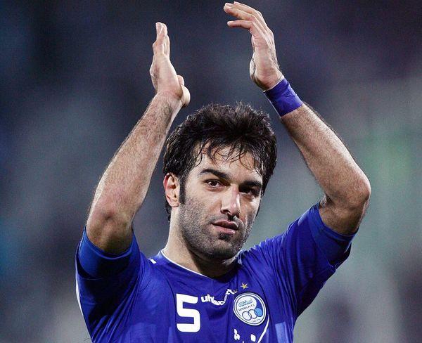 حنیف عمرانزاده از دنیای فوتبال خداحافظی کرد