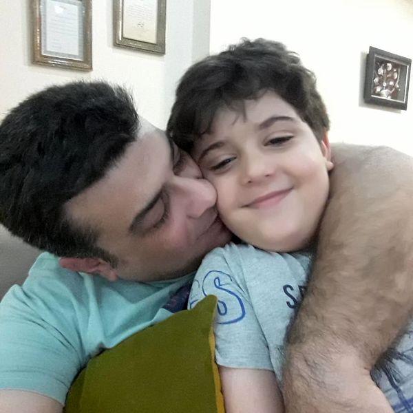 آقای گوینده خبر و پسر تپلی اش+عکس