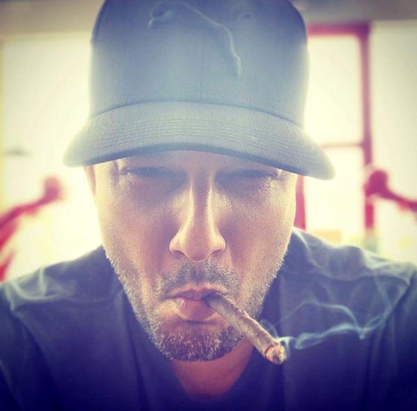 استایل با سیگار حامد بهداد + عکس