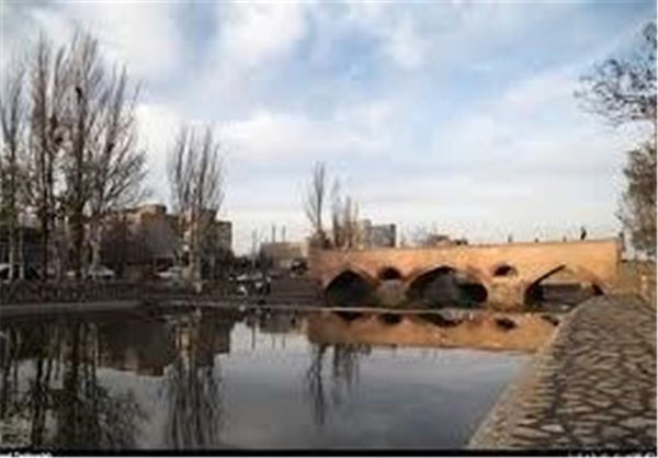 عاملان آلودگی رودخانه بالیخلو اردبیل به مراجع قضایی معرفی میشوند