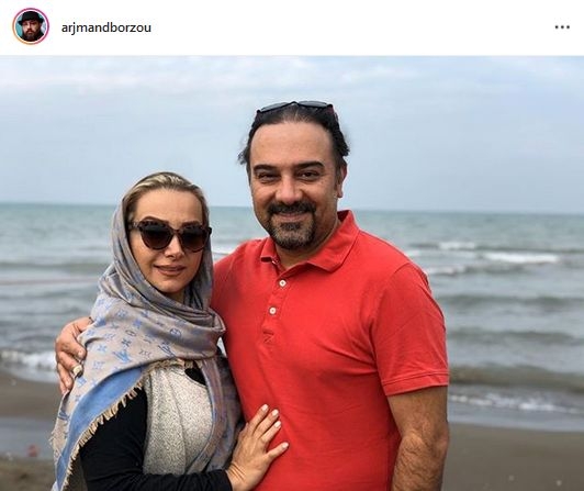 عکس همسرانه برزو ارجمند لب دریا