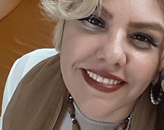 شکوفایی افسانه چهره آزاد با لبخند زیبایش+عکس