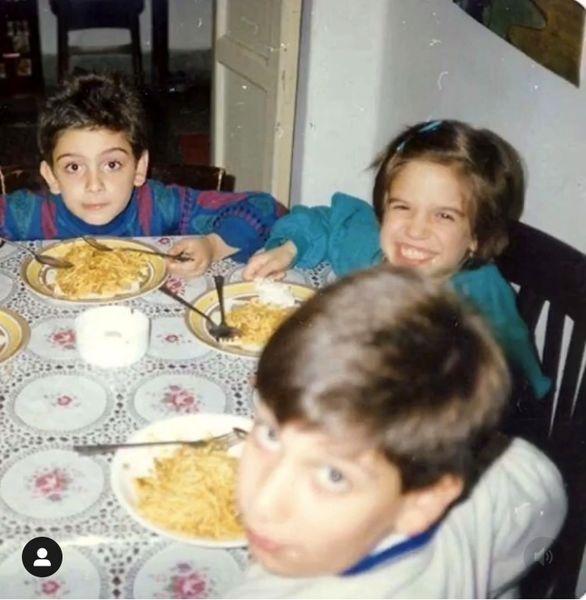 خانم بازیگر و برادرش در کودکی + عکس