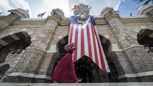 تاملی بر وضعیت شیعیان در مالزی/ هجمه سعودی بر افکار عمومی مسلمانان شرق آسیا