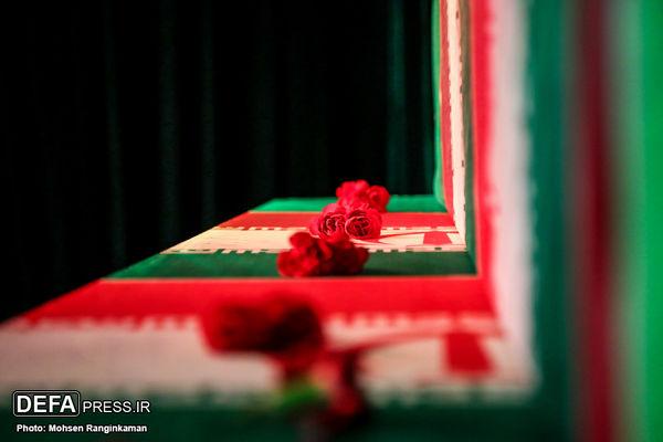تشییع پیکر ۱۳۵ شهید در سوم محرم