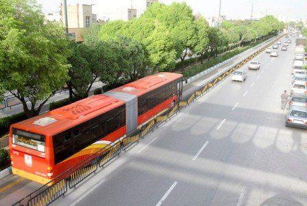 مسافران از صحبت کردن در اتوبوس خودداری کنند