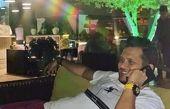 سیاوش خیرابی در حیاط ویلایش + عکس