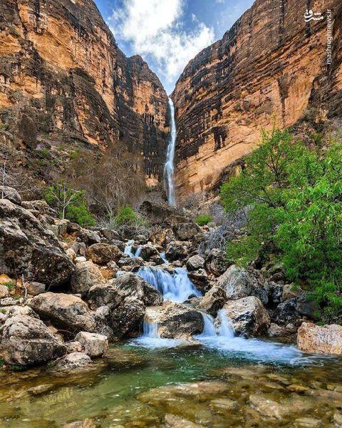 آبشاری شگفت انگیز در فارس