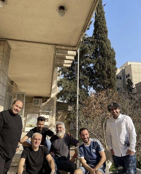 رضا داودنژاد در جمع دوستانش + عکس