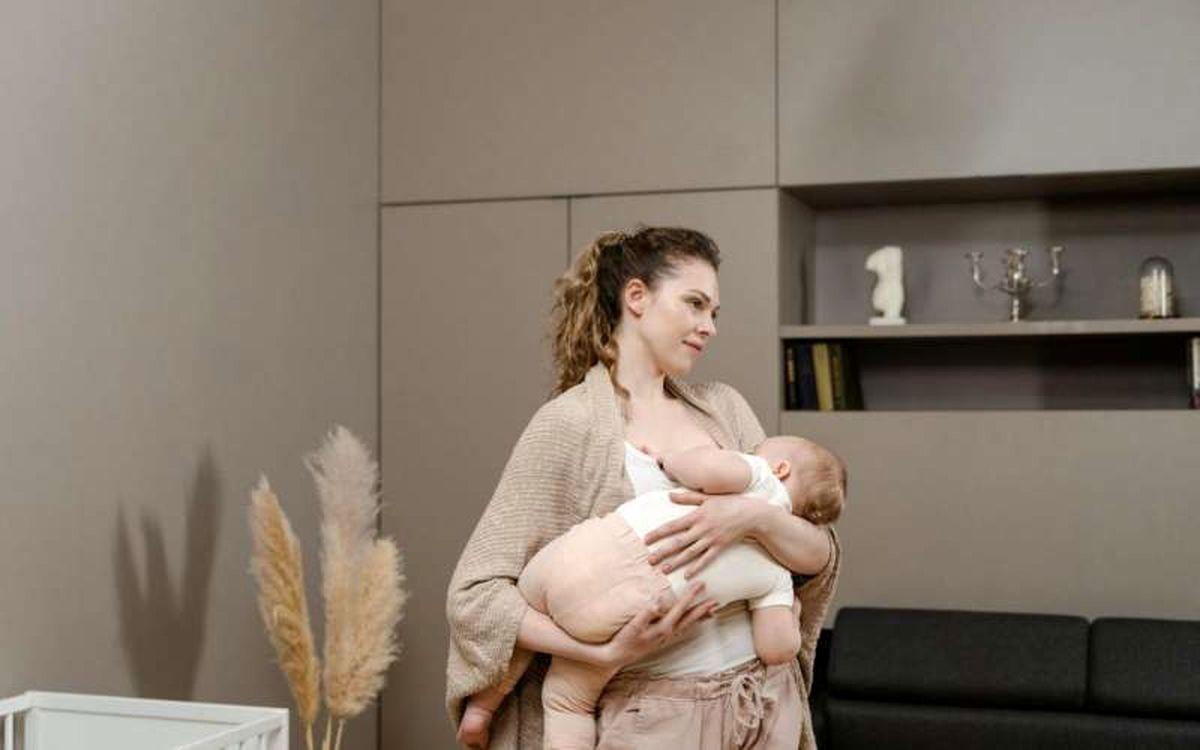 یک خبر خوب برای مادران کرونایی / شیر مادران پس از ابتلا به کرونا تا ۱۰ماه پادتن دارد