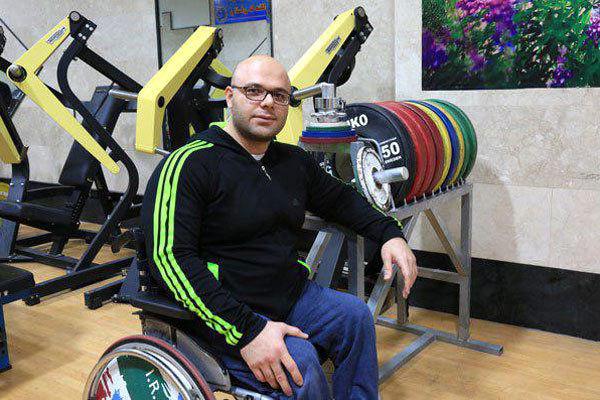 وزنه بردار دسته وزن ۹۷ کیلوگرم ایران قهرمان آسیا شد