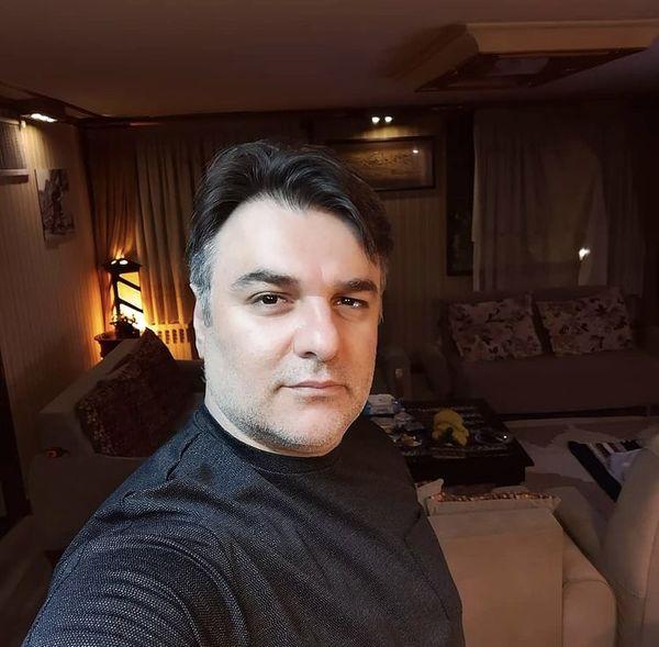 سلفی مجید سعیدی در خانه اش + عکس