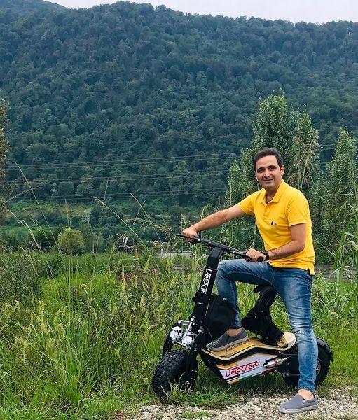 موتورسواری سعید شیخ زاده در دل طبیعت + عکس