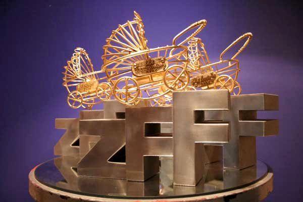 «نگاه» و «محموله» برندگان کالسکه طلایی جشنواره زاگرب کرواسی