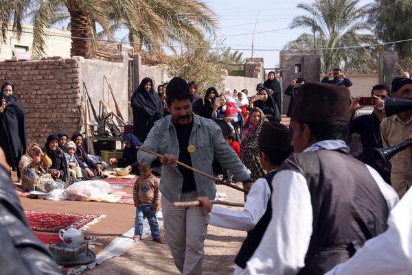 حرکات عجیب امیرحسین صدیق در میان مردم + عکس